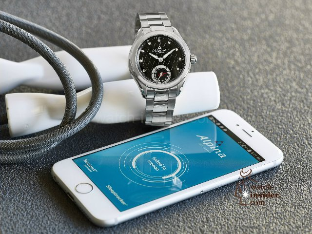 alpina_horological_smartwatch-2