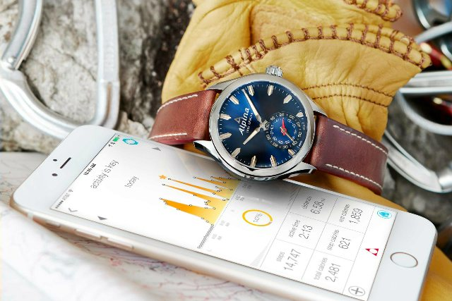 blue_alpina_horological_smartwatch-2