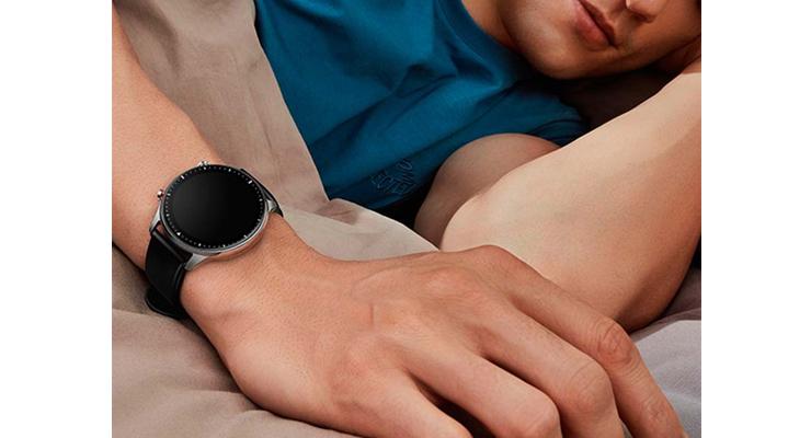 Amazfit GTR 2 фото на руке