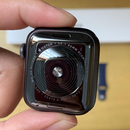 apple watch se задняя сторона керамическая
